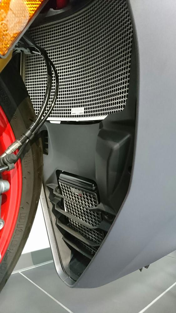【ディライト特選中古車】SUPERSPORT S